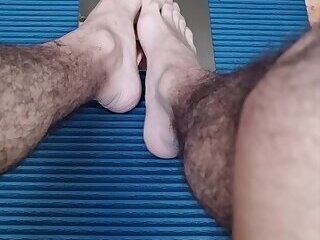 Cumshot,Amateur,Masturbation,Dildo,Feet,First Time,Homemade,cock,arab,french,gay,HD Arab guy with beautiful feet plays with dildo