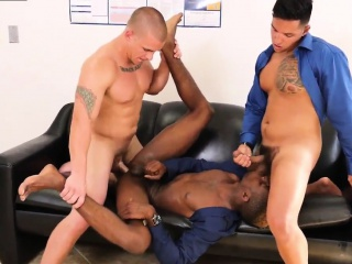 Big Cocks (Gay),Blowjob (Gay),Gays (Gay),Group Sex (Gay),HD Gays (Gay),Twinks (Gay) Straight doctor examines naked older gay man The team that w