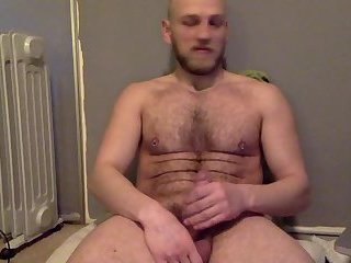 Amateur,Masturbation,Solo,Mature,hairy,hung,beard,gay Scandinavian jacker plays with his dick