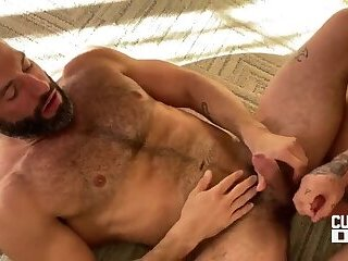 Big Cock,Hunks,Bareback,muscle,daddy,gay,HD Handsome guys Cole Connor & Isaac X are shagging on the floor