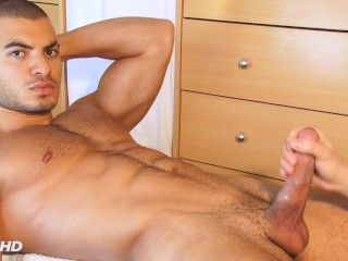 keumgay;massage;hunk;gay;jerking-off;handsome;straight-guy;serviced;dick;get-wanked;suck;blowjob;muscle;cock;wank;big-cock,Massage;Muscle;Blowjob;Big Dick;Gay;Hunks;Straight Guys;Handjob;Jock Forbiden video: str8 arab guy gets sucked his huge dick by a guy ! Farid