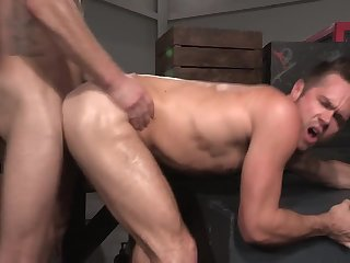 Anal,gay,hardcore,muscle,ass fuck,dhunks S pokes M
