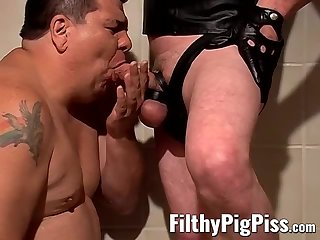 Big Cock,Fat,Fetish,Pissing,Blowjob,hardcore,latex, tattoos,costume,FilthyPigPiss,gay Fat man gives head and opens wide for warm yellow surprise