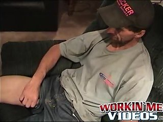 Cumshot,Amateur,Masturbation,Solo,Mature,big dick,hairy,workinmenvideos,gay Horny old man is really eager to jacks off his fuck stick