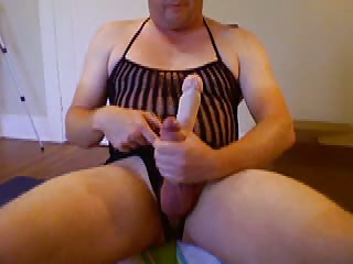 Men (Gay);Thinks current hubby thinks he a stud now