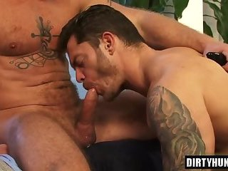 Anal,Dildo,Hunks,gay,hardcore,muscle,friends Muscle gay dildo with cumshot