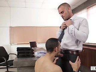 Blowjob,Office,gay,muscles Big dick gay oral sex and cumshot