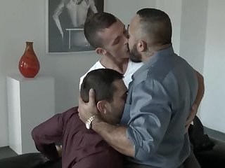 Anal,Hunks,Mature,gay,muscled raw fuckfest IN ART GALERY
