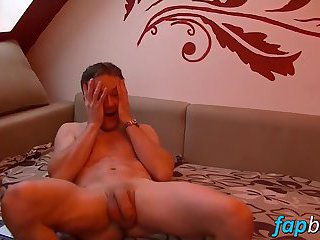masturbation,solo,twinks,gay solo,wanking,teasing,softcore,brunette,gay Naughty stud Tom jerks off his dick like a fucking champ