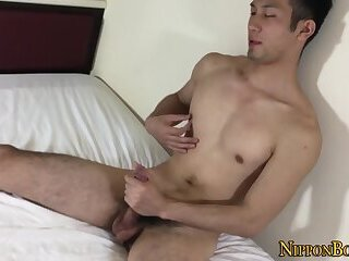 Amateur,Pornstars,Blowjob,Bareback,cock 2 cock,gay,HD Japanese dude tugging his cock