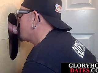 Cumshot,Gloryhole,Mature,Blowjob,gay,bear,deepthroat,cocksucking,dicksucking,tugging,cumswallow,cuminmouth,glasses,HD Gloryhole lover eagerly deepthroats dick