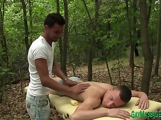 Anal,Amateur,Bisexual,Blowjob,cock 2 cock,gay Gay masseur tugs cumshot after riding